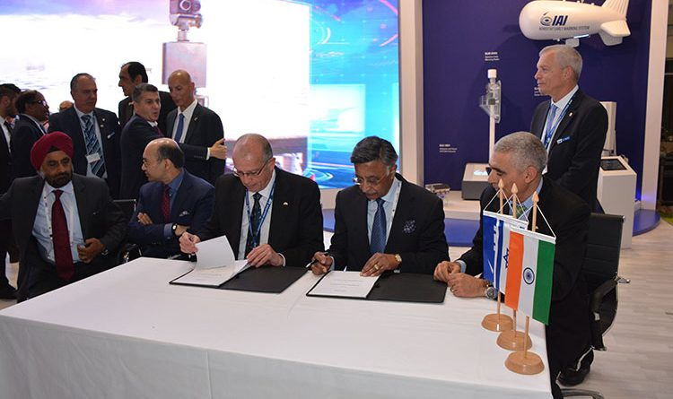 IAI's president and CEO, Joseph Weiss and Kalyani Group chairman, Baba Kalyani signing an MoU during Aero India 2017