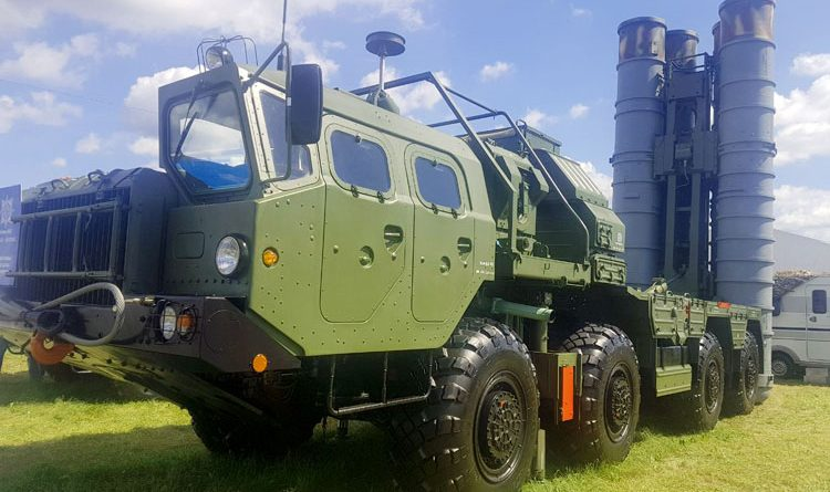 S-400 missile launcher at MAKS 2017 in Zhukovsky, Moscow Region