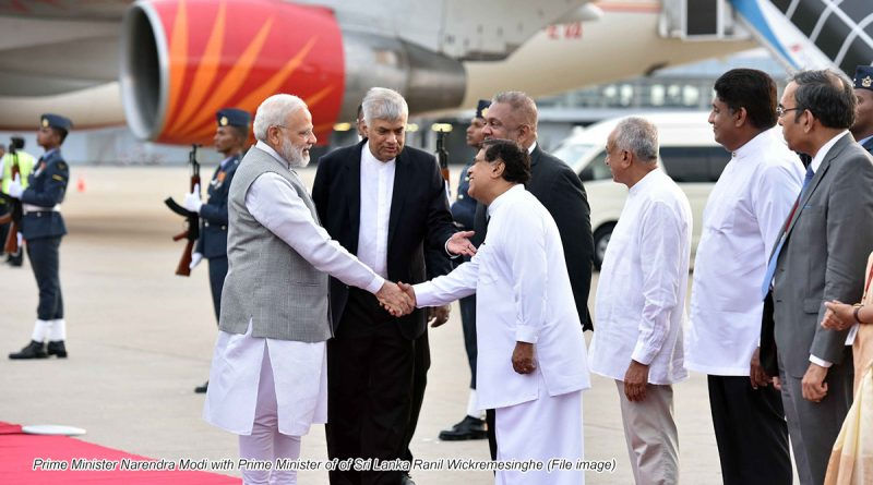 Prime Minister Narendra Modi with Prime Minister of of Sri Lanka Ranil Wickremesinghe (File image)