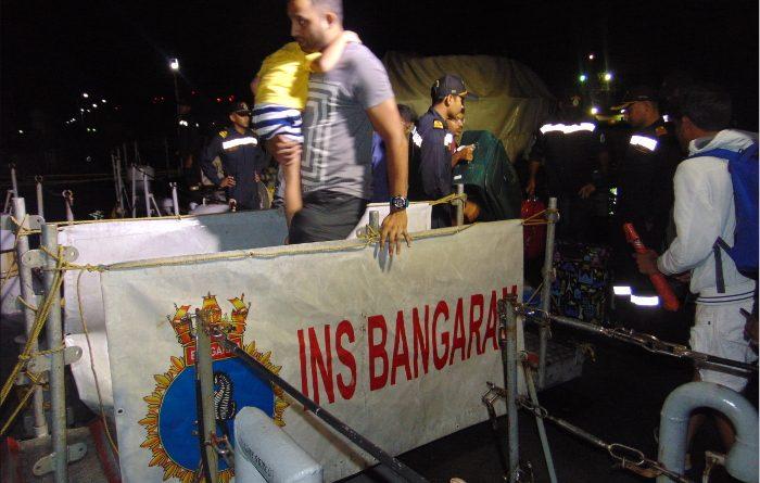 INS Bangaram & INS Battimalv ferry stranded tourists from Havelock