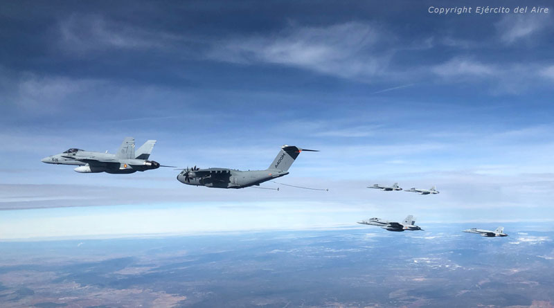 Airbus A400M Successfully Refuels Six F-18 Fighters in One Flight