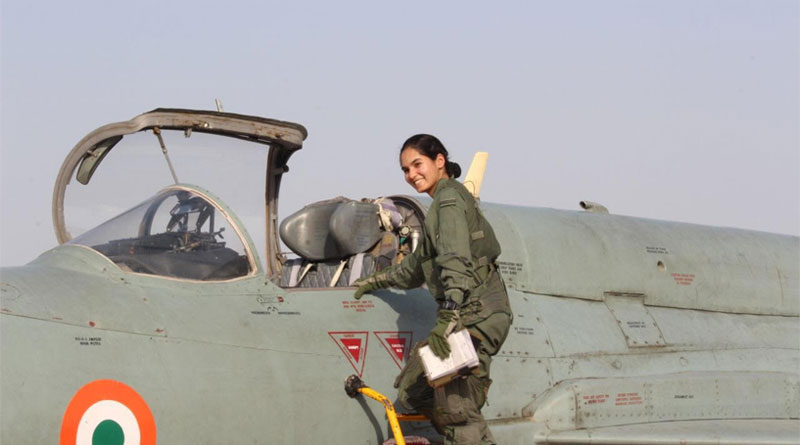 Flying Officer Avani Chaturvedi is First Indian Woman to Fly Fighter Aircraft Solo