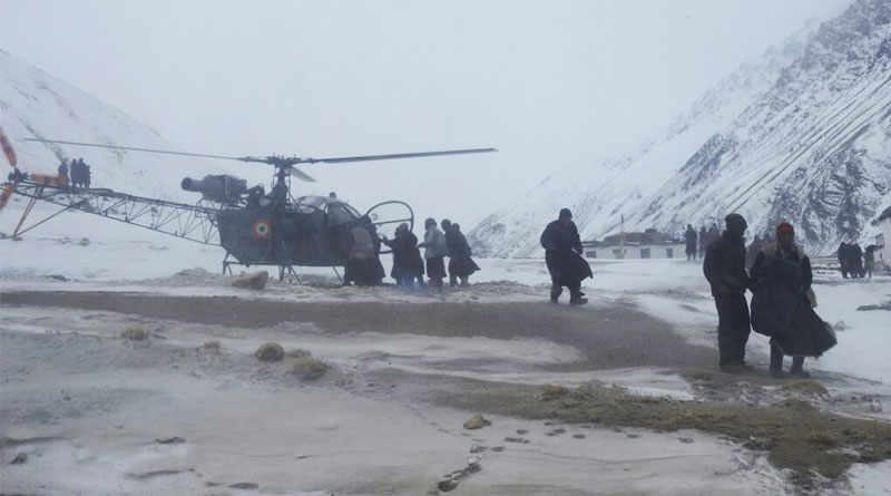 Siachen Pioneers Rescue Pregnant Woman from Kurgiak