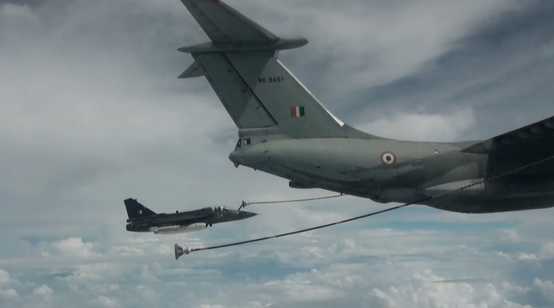 Tejas conducts maiden aerial refuelling trial