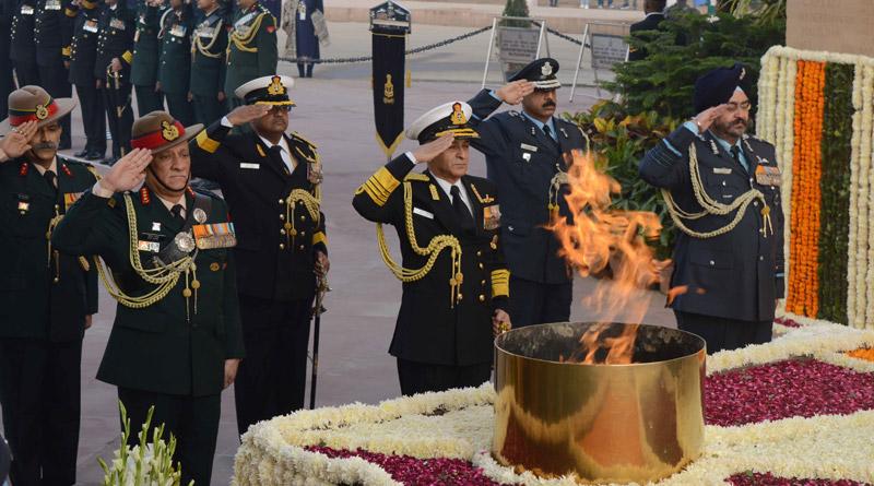 paying homage to martyrs at Amar Jawan Jyoti