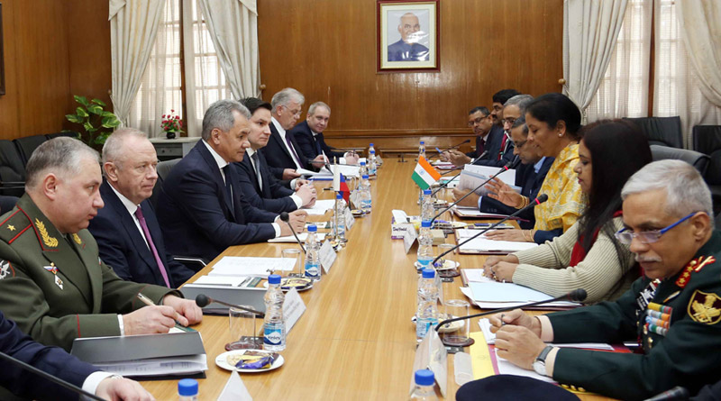 Russian Defence Minister Arrives in India