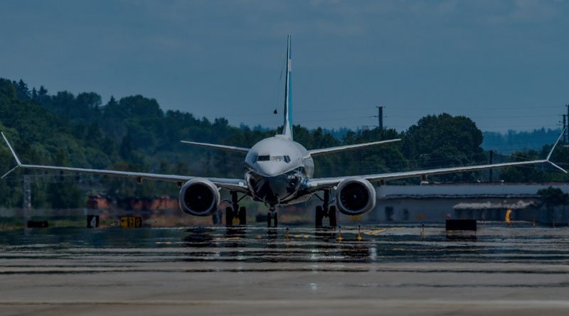 Boeing Completes Successful 737-10 First Flight