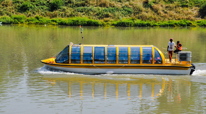 Trial Run of Luxury Bus-Boat Carried Out in Srinagar